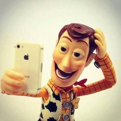 Tips Dan Trik Berfoto Selfie Dengan Sempurna
